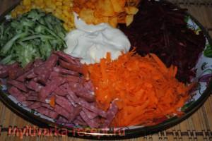салат  с чипсами рецепт приготовления