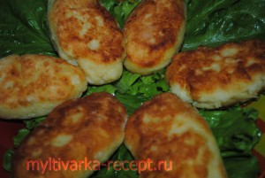 Картофельные зразы с яйцом в мультиварке